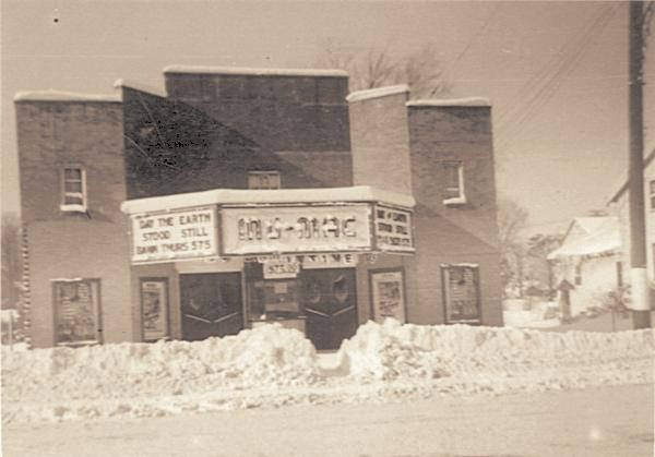 Mayfield Road Drive In Theatre Chardon Oh