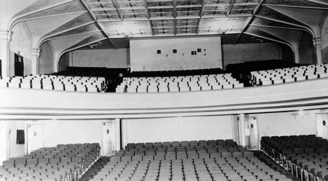 Harding Theatre