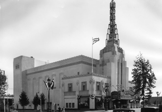 Warner Beverly Hills Theatre exterior