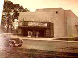 1934 River Oaks Theater