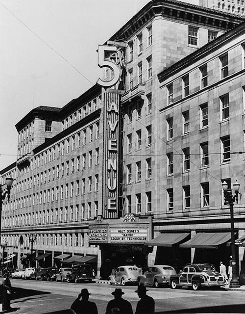 5th avenue theatre cinema treasures