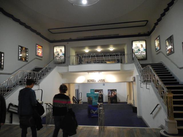 10-22-16 stairway foyer