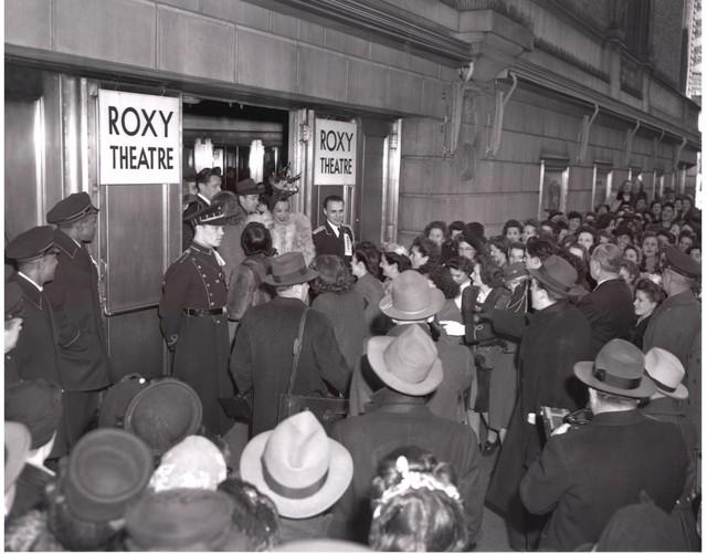 Carmen Miranda greets fans outside the NYC ROXY Theatre