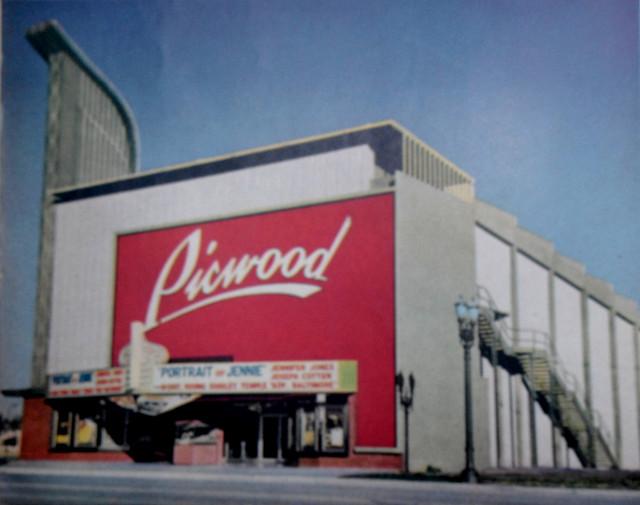 Picwood Theatre exterior