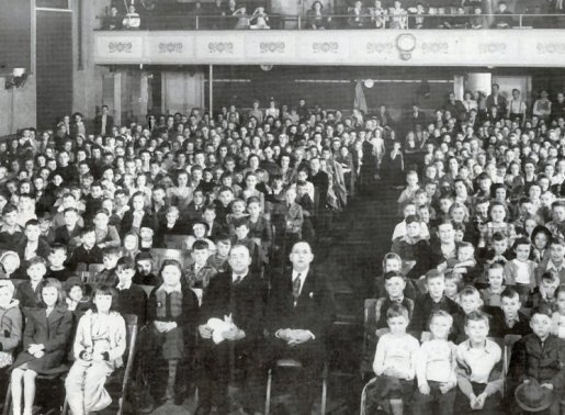 Fleetwood Theatre, Fleetwood Fire Company, Easter 1944