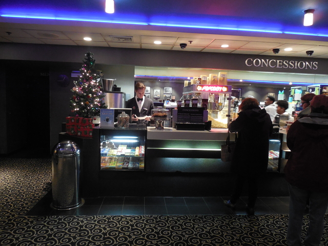 Lobby 12-24-16 with Christmas tree