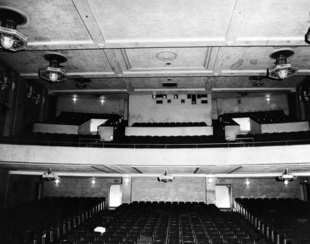Fox Redondo Theatre auditorium