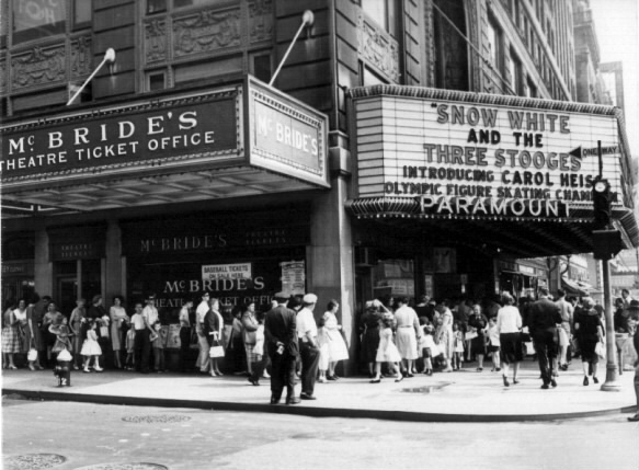 Paramount Theatre in Times Square