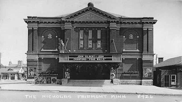 Fairmont mn theater
