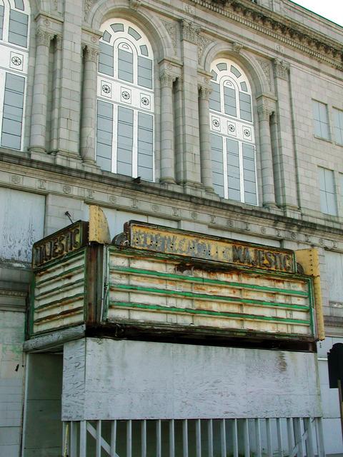 Loew's Majestic Theatre - 2001