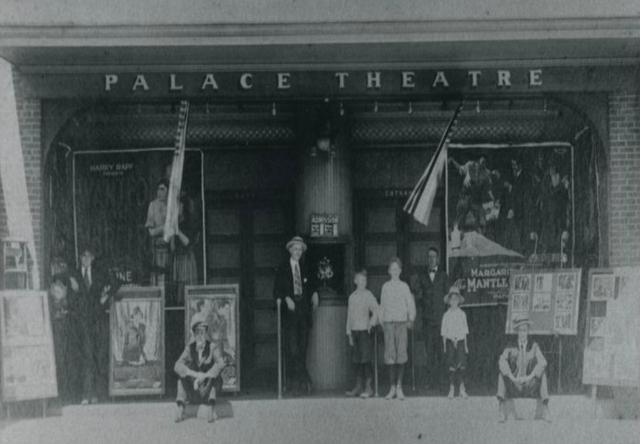 Warren Palace Theatre