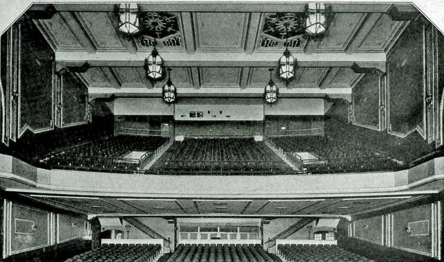 Movie theaters in zanesville oh