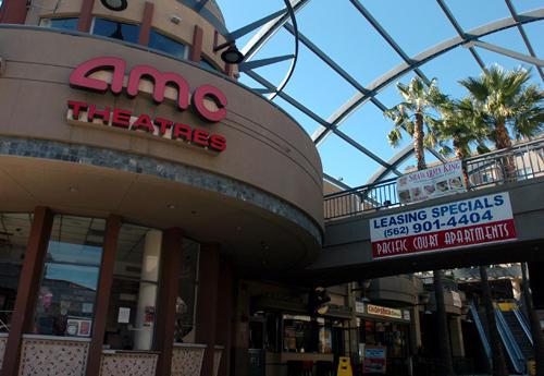 Amc pine square 16 in long beach ca cinema treasures - Downtown at the gardens movie theater ...