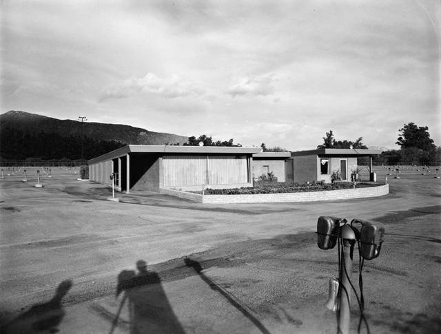 Snack Shop, 1949 photo courtesy of the Americas Past In Photos Facebook page.