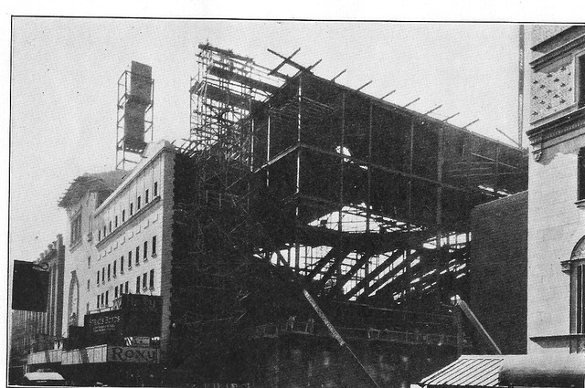 NY ROXY 1926 construction photo