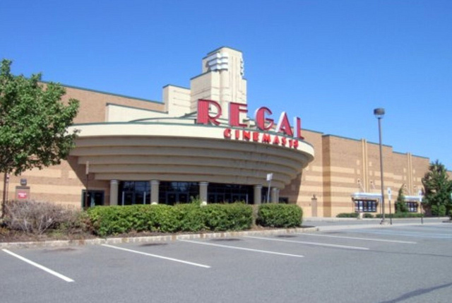 Regal Commerce Center