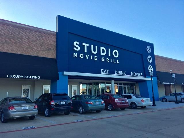 Arlington grill in movie studio tx