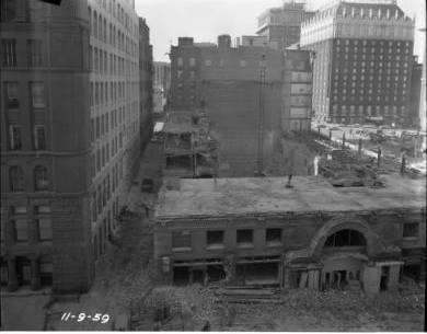 Brandeis Demolition, Omaha World-Herald Photo.