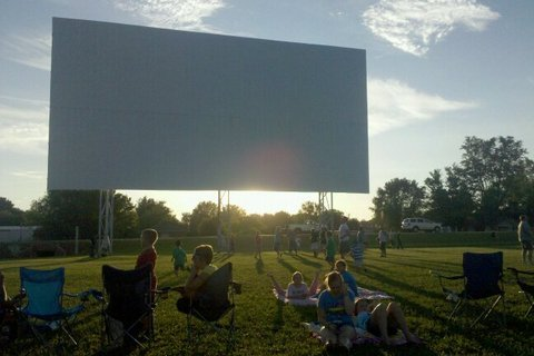 31 West Drive-In