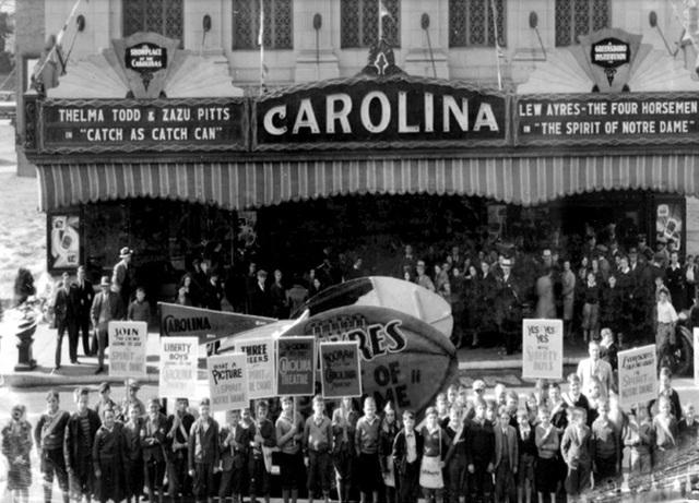 Grande greensboro movie nc theater