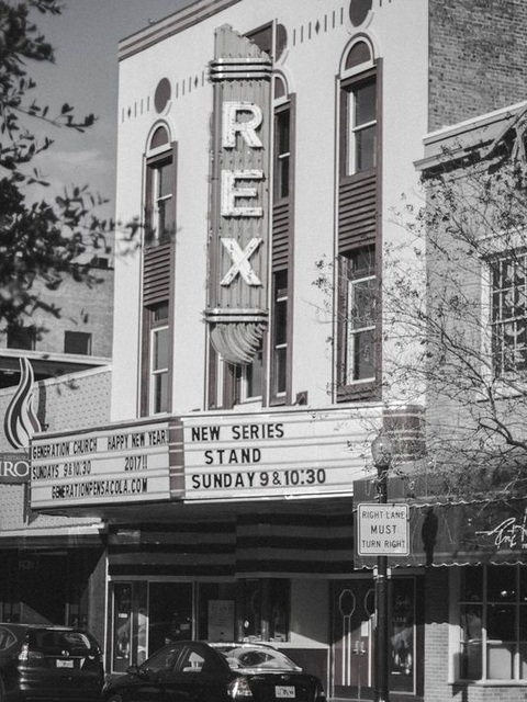 Pensacola fl movie theater