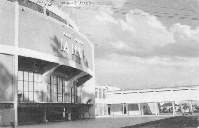Cine-Teatro en La Emilia en 1946
