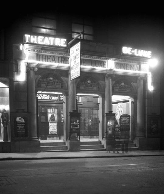 Theatre de Luxe Cinema