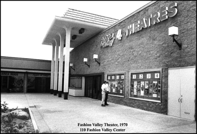 AMC Fashion Valley 4