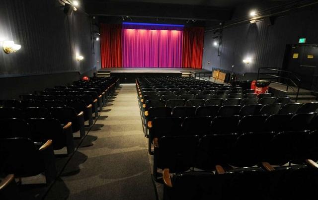 Strand Theatre In Seymour Ct Cinema Treasures