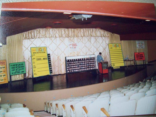 Apollo Grand Cinema Leek. Circle with bingo 1984