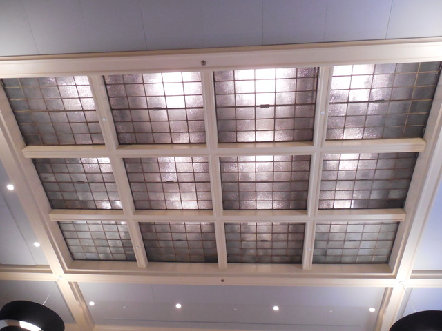 6-25-17 glass ceiling of ex bank lobby