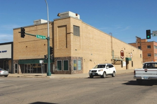Dakota Twin Theatres