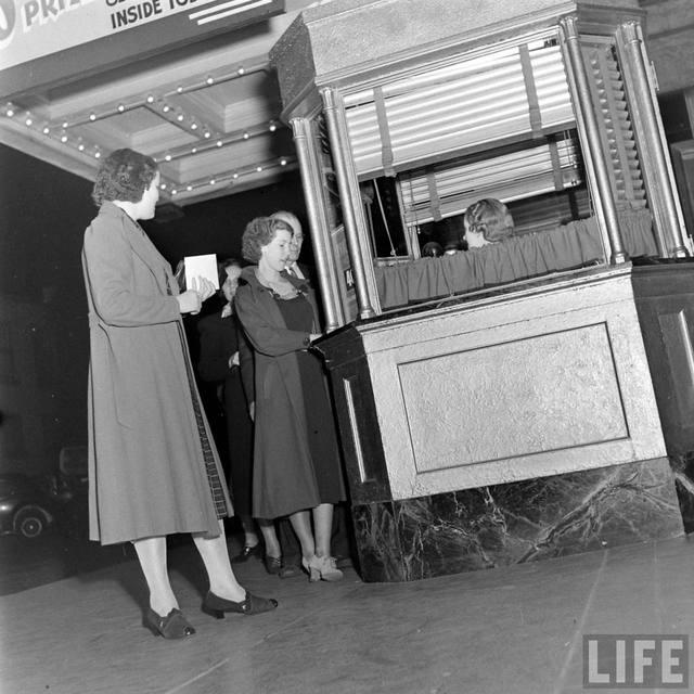 LIFE Magazine essay on the KENOSHA Theatre, 1938.