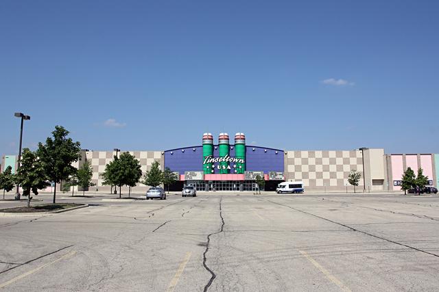 Cinemark Tinseltown USA, North Aurora, IL