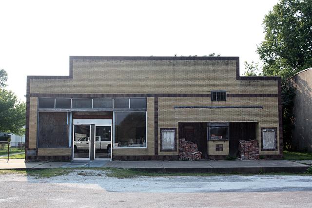 Metropolitan Theater, Plymouth, IL