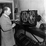LIFE photo essay on the KENOSHA Theatre, 1938.