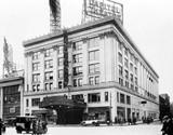 Loew's Capitol Theatre exterior