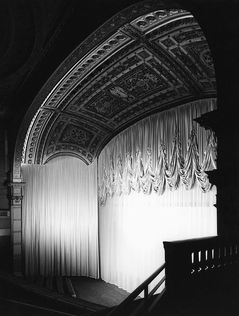 Loew's Capitol Theatre main curtains