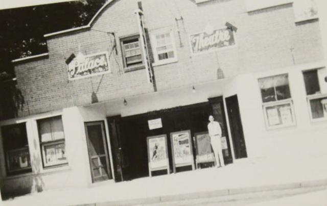Jamestown Theatre