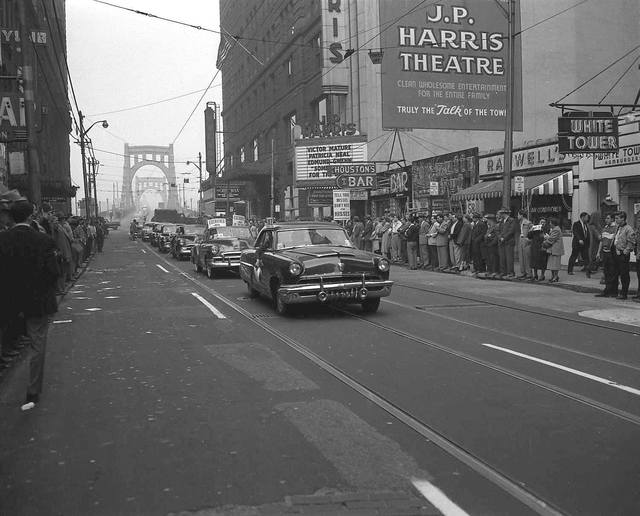 1952 photo courtesy of Retrographer.