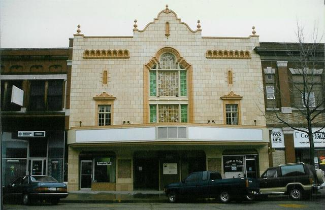 Booth Theatre  Independence, KS  April 1997