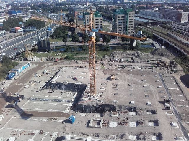Euroscoop Schiedam first poles into the ground