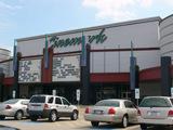 Cinemark 17, Dallas