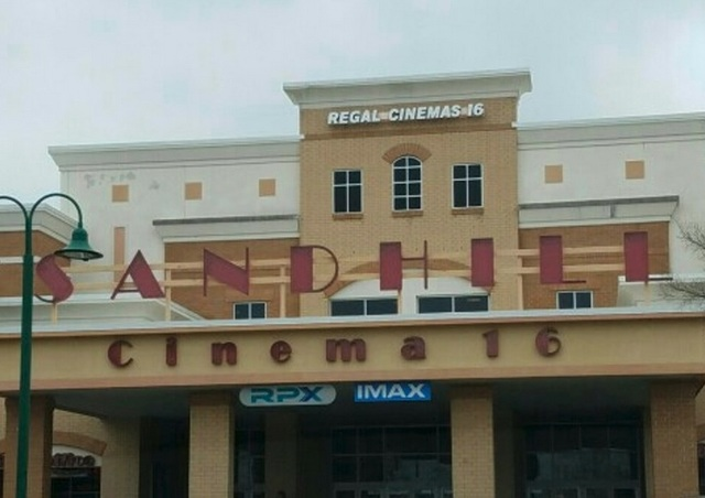 Regal Sandhill Stadium 16 IMAX & RPX