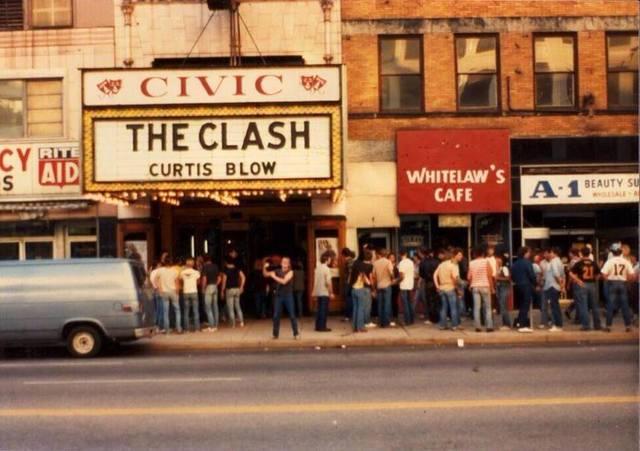 1982 photo credit Bill Milhoan.
