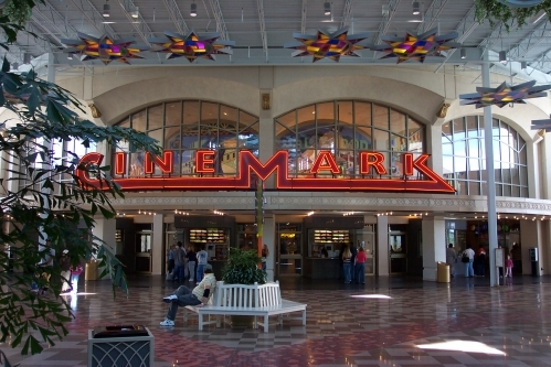 Cinemark Artegon Marketplace