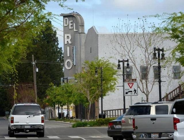 Del Rio Theater