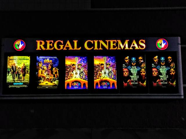 Regal Bolingbrook Stadium 12