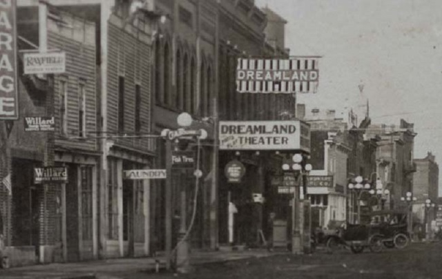 Dreamland Theater