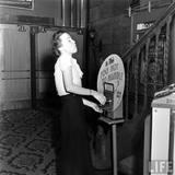 LIFE Magazine essay on the KENOSHA Theatre, 1938 (Bernard Hoffman photo)